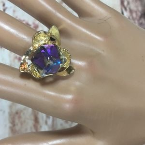 Jewelry - CUBE AURORA SQUARE AUSTRIAN CRYSTAL BOLD Ring